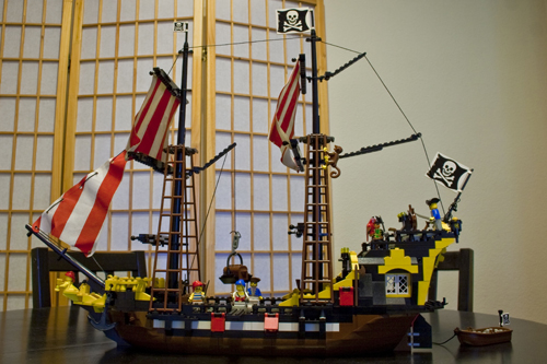 LEGO Black Seas Barracuda
