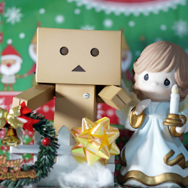 Danbo and Angel celebrating Christmas by Alice Chia - Artistic Objects Toys (  )