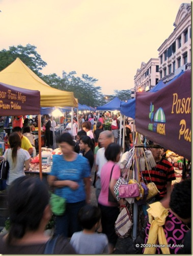 Night Market at MJC, Kuching