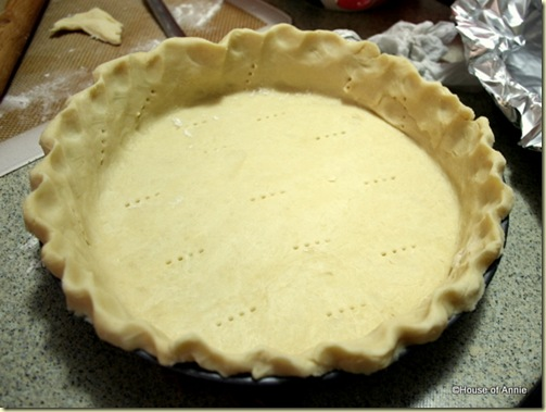 banana cream pie crust crimped and docked