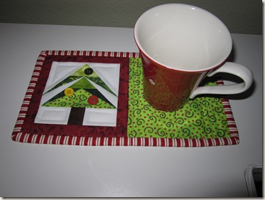 Mug Rug 061