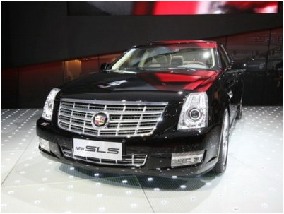 GM has presented new sedan Cadillac SLS