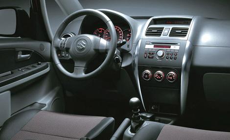 Suzuki SX4 2010: Innovación,