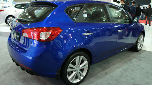 kia cerato 2011 sedan. Kia Cerato 2011 Colors