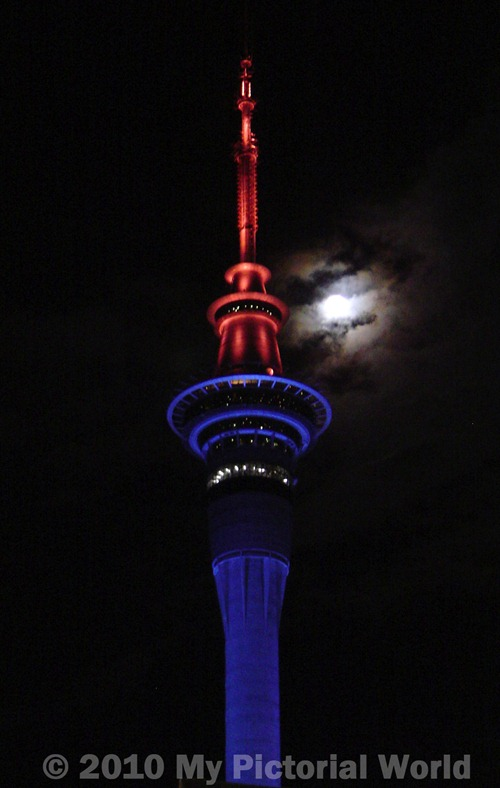 Sky-Tower-at-Night---Sky-City-Auckland