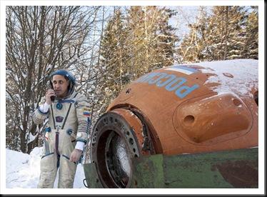 Shkaplerov no treinamento de sobrevivência (Foto: Sergei Remezov/Reuters)