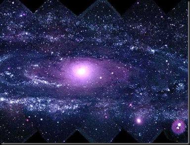 M31 em ultravioleta; imagem captada pelo Swift (Foto: NASA)