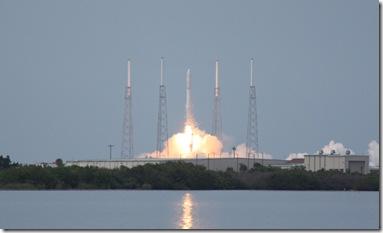 Lançamento do Falcon 9 (Foto: KSC Mobile Command / divulgação)