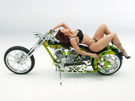 draft_lens1976281module9426217photo_1210114173Nice_Custom_Chopper_Hot_Sexy_Model