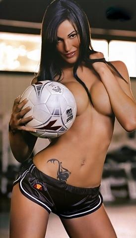 [hot tattooed woman 14[3].jpg]