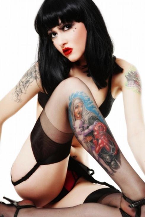 beautiful women and tattoos4