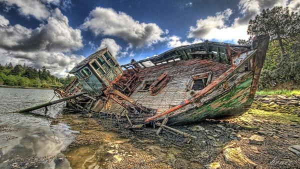 [ship wrecked[4].jpg]