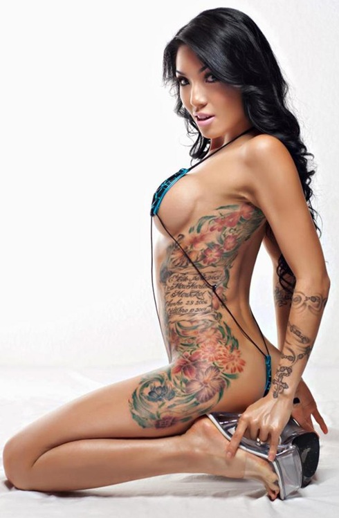 hot tattooed women