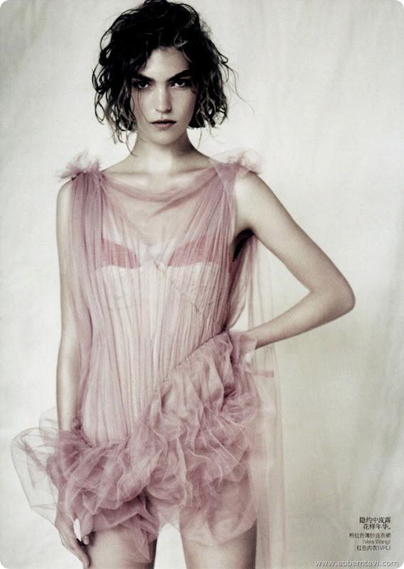 arizona-muse9  for Vogue China April