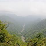 延々と続く沢が美しい。丹沢のこういう景色がすきです。
