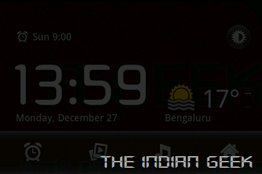 Android 2 - Desk Clock Landscape night mode
