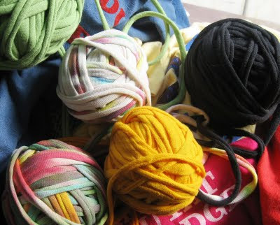 t-shirt yarn spools