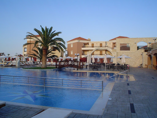 Creta ovest un angolo di paradiso diari di viaggio for Luce arredo modica