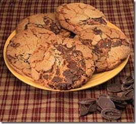 milk_chocolate_chunk_cookies_lg__46750