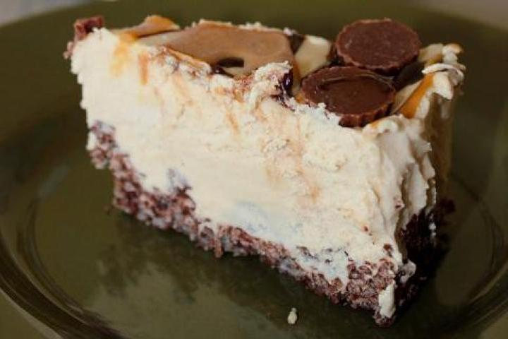 Frozen Peanut Butter Cheesecake Recipe | Yummly
