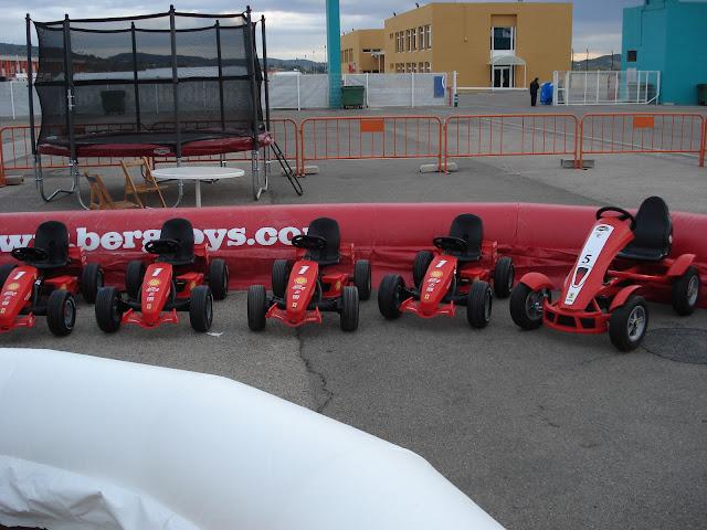 coches de pedales de berg toys