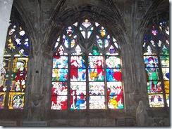 2010.08.20-016 vitraux dans l'église Notre-Dame