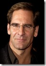 """ Le Petit Journal Quotidien "" Maria21 - Page 12 Scottbakula_thumb%5B4%5D"
