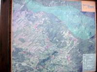 Zemljevid z informacijske table ob parkirišču
