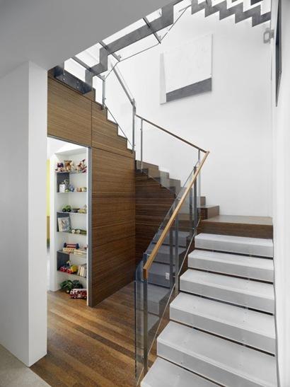 Escada46