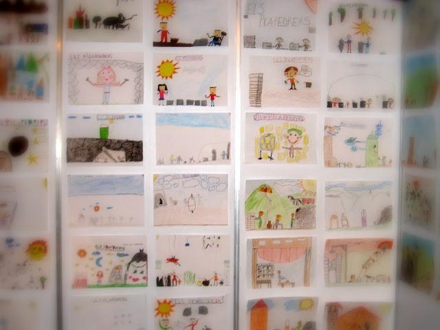 Dibuixos realitzats per nens i nenes de La Palma, donant la seva particular visi&oacute; de la Fira. <b>Autor: Xavier A.</b>