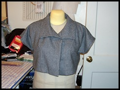 Front with collar folded back-complete