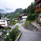 Hotellet direkt på höger sida