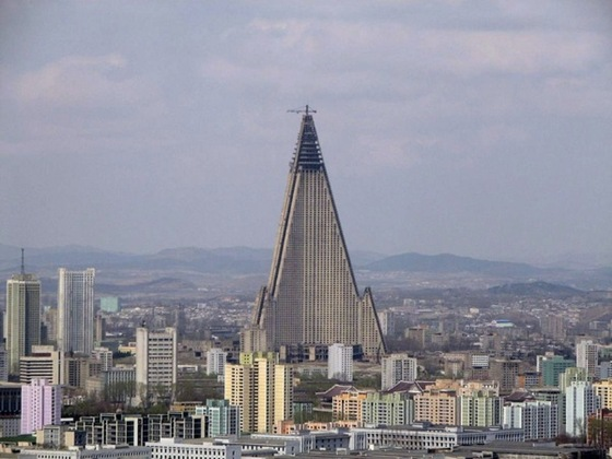 Ryugyong Hotel