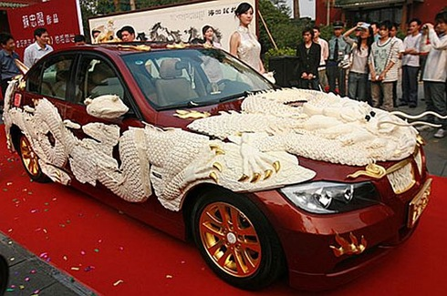 10 Absolutely incredible bling-bling vehicles  02