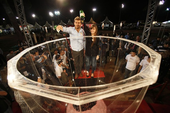 World's Largest Wine Glass (Record set by Lebanon) 00