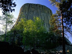 The-Most-Famous-And-Scary-Devil-Tower-01