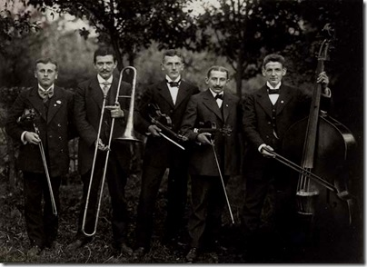 august sander- music band