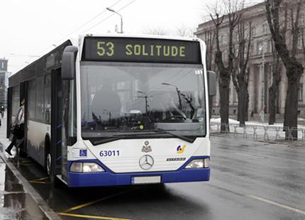 Autobuss uz Vientulību