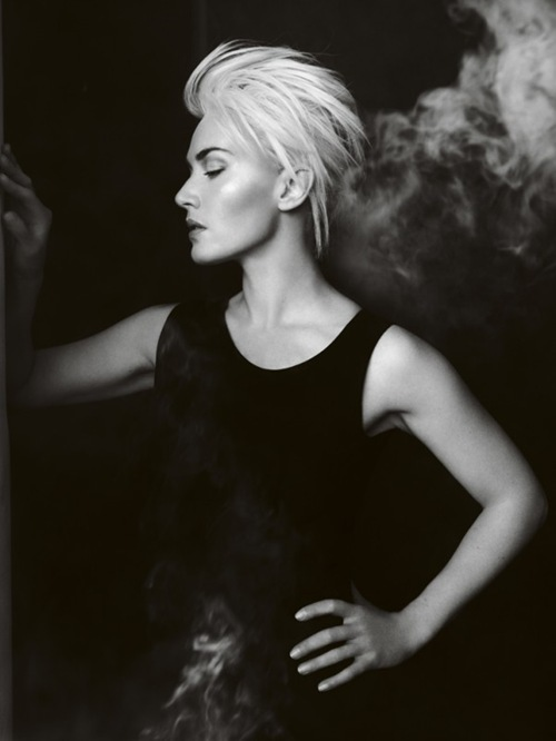 Kate-Winslet-by-Mario-Testino4