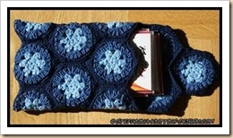 Pochette bleue  open - granny hexagon