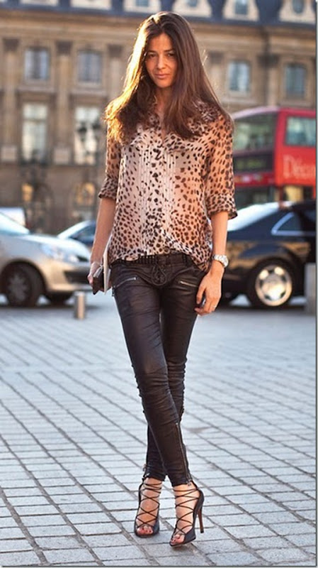 animal-print-top-black-leather-pants-perfect-outfit