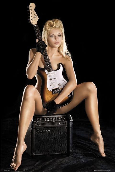 guitar-girl-l