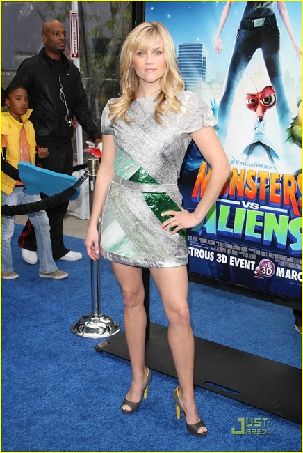 reese-witherspoon-monster-aliens-la-premiere-23