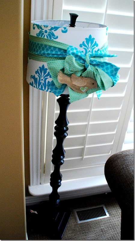 damask lamp full view