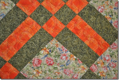 Crossed Path Quilt 004