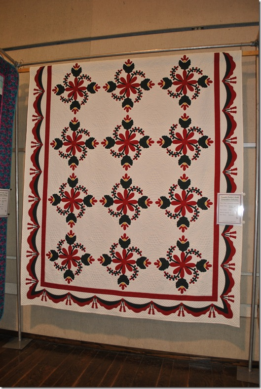 Quilts in the Gardens 2011 051