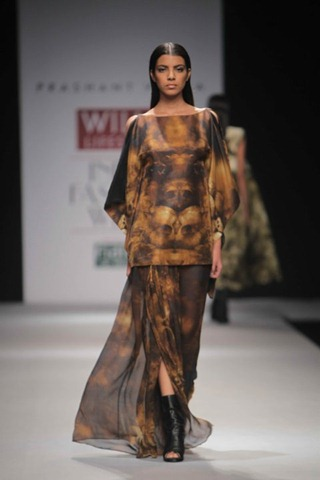 [WIFW SS 2011 collection by Prashant Verma (4)[5].jpg]