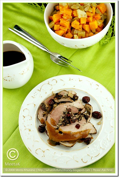 Roasted Turkey Roulade (02) by MeetaK