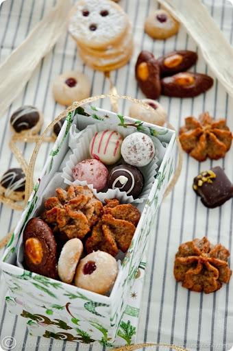 Christmas Cookies: Hazelnut Marzipan Macaroons, Jam Drops with Morello ...