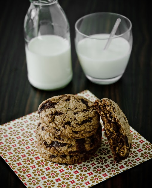 What's For Lunch Honey?: Chocolate Chunk Cookies